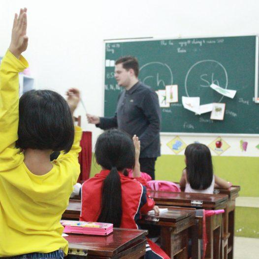 Chương trình tiếng Anh tăng cường với giáo viên nước ngoài